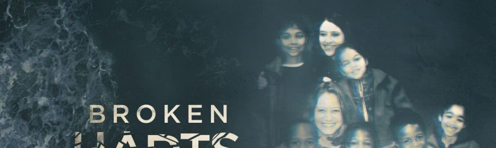 Kłamstwo rodziny Hartów / Broken Harts